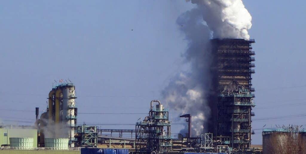 trabajar contra la contaminación del medio ambiente